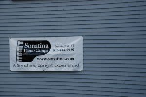Sonatina sign (photo by Jennifer Friborg)